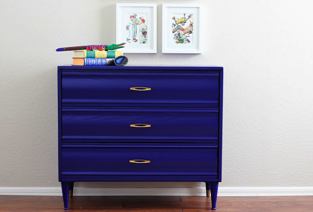 Refurbished dresser tutorial
