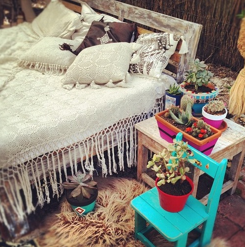 fringe bedding